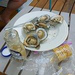 ภาพถ่ายของ Hull's Seafood Market Restaurant