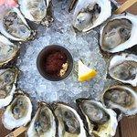 ภาพถ่ายของ Bristol Oyster Bar