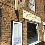 ภาพถ่ายของ Fontanella's