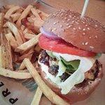 Φωτογραφία: Pax burgers