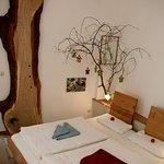 Bio-Hotel Kenners LandLust - das Eichenzimmer hat nicht nur Eichenfußboden, sondern auch eine Entdeckerbohle.