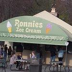 ภาพถ่ายของ Ronnie's