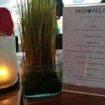 MoonLite Kitchen and Bar照片