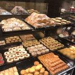صورة فوتوغرافية لـ Darchin Sweets & Cakes