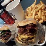 ภาพถ่ายของ Streat Burger