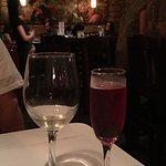 ภาพถ่ายของ The Rabbit Hole Dinner & Drinks