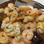 gambas al ajillo, shrimps sauteed in olive oil with garlic and peppers. Perfect!