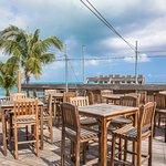 صورة فوتوغرافية لـ Somewhere Cafe And Lounge