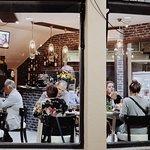 Photo de Bronze Age Fondue Restaurant
