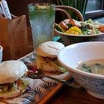 zupka , bao , sałatka, noodle , lemoniada