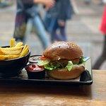 صورة فوتوغرافية لـ Burger Bar