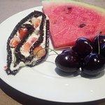 Dal buffet dei dessert e frutta
