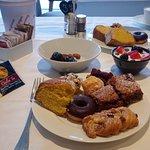 Dal ricco buffet della colazione