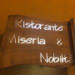 Miseria e Nobilta fényképe