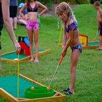 Kid's Activities: Mini Golf