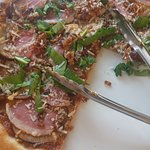 Duck and fig pizza