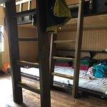 二段ベッドタイプの20人相部屋です