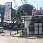 Outlet Kue Asix  Open Store 09:00 - 21:00 ~ Jl. Raya Balearjosari 40 Blimbing - Malang 65126  • KueAsix by Keluarga Asix  #kueasix #Kueterenaksedunia