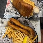 Zdjęcie Fins & Gills - Fish & Chips