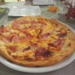 pizza pol hawajska pol z oscypkiem