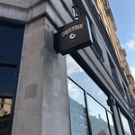 صورة فوتوغرافية لـ Crosstown Piccadilly - Doughnuts & Coffee