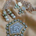 Thewa Jewelry Necklace
