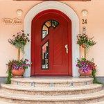 Entrance to the Villa