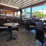 Photo de Ideal Greek Taverna-Pizzeria