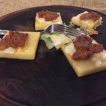 polenta con salsiccia (antipasto caldo)