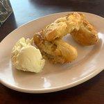 Two Raksa Cafe照片