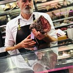 Visit Gary the Butcher on a market tour with our Meats A to Z class!