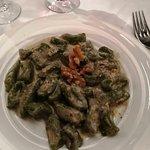 Gnocchi di spinaci in salsa di noci
