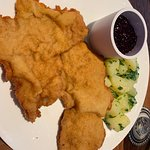 the massive and seriously yummy Wiener Schnitzel [I had it twice - it was that good - different days of course!]