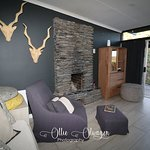 """Eagle's Nest is the place where mum and dad can """"land"""" for a well-deserved rest and where the """"kids"""" can spread their wings and fly…!  From the balcony or the bathroom of this chalet, you will have a view of the mountains and valley. A fireplace and braai area (and no TV) will ensure lots of quality family time.  Eagle's Nest is a lovely 2-bedroom chalet – 1 double bed and 2 single beds."""