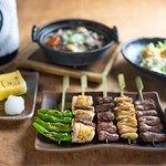 こだわりの逸品料理をお楽しみ下さい♪ お料理と相性の抜群の日本酒もご用意しております。