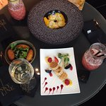 صورة فوتوغرافية لـ Skyline Paris Bar & Lounge