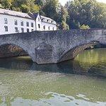 Le Vieux Pont, monding van de Lesse