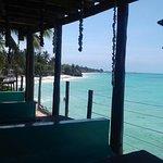 Sicuramente il panorama più bello su jambiani lo trovi al Coral rock italian restaurant!