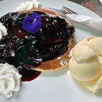 "Should be called ""Pancake Heaven""."
