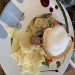 Great starters. Amazing risotto. Delicious tuna. Yummy desserts!