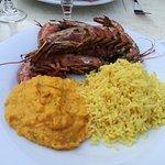 Gambas et accompagnement riz et purée de carottes