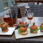 Valokuva: Mini Burger Factory