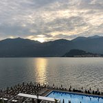 Lake view/Floating Pool