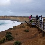 Looking the opposite direction from the London Bridge decking, simply a stunning coastline, on the Great Ocean Road, Victoria (AUS)