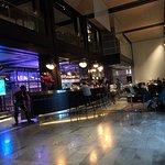 Foto de Mobius Bar and Grill