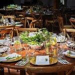 Przyjęcie weselne w innym miejscu niż nasza restauracja? Catering też jest możliwy.