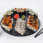 Sushi Set California For 3-4 Persons - 39 GEL