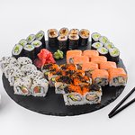 Sushi Set Mix For 3-4 Persons - 39 GEL