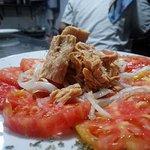 Tomate Rosa con Tronco d Bonito. También disponible con Mozzarela y Pesto