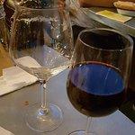 Kieliszek do czerwonego wina koło teku do piwa (0,4!)